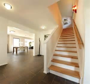 wandeinbauleuchten fã r treppen der rintelner anspruchsvolles vielfältigestreppendesign mehr als die verbindung zweier etagen