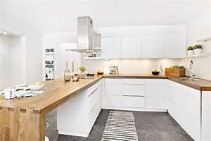 deco salon cuisine bois et blanc moderne avec des With idee deco cuisine avec cuisine bois et blanc