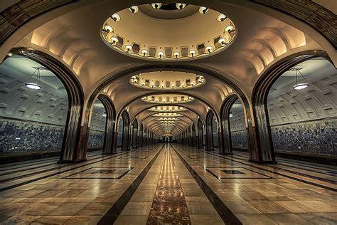 les  stations de metro les  impressionnantes dans le