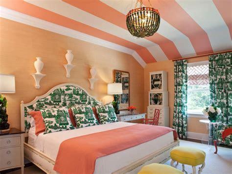 peinture plafond chambre couleur peinture chambre à coucher 30 idées inspirantes