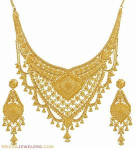 Gold necklace and earrings set (22kt indian jewelry) with ...