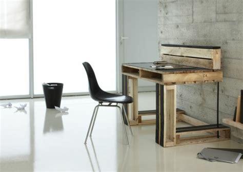 design bureau de travail meubles en palettes le bois recyclable pour votre confort