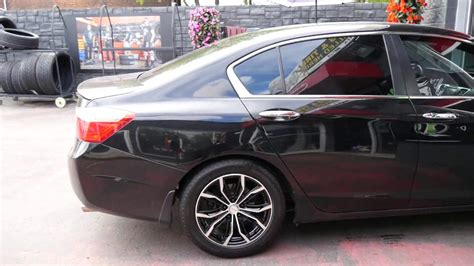 2017 Honda Accord With 17 Inch Black & Machined Rims