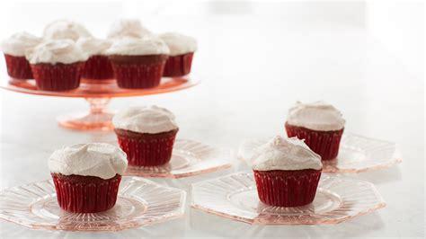 red velvet cupcakes  cream cheese frosting recipe
