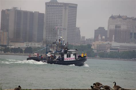 Tug Boat Race Windsor by Photos Annual International Tug Boat Race On The River