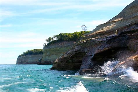 Boat Tours Of Pictured Rocks National Lakeshore by Pictured Rocks National Lakeshore Pictured Rocks Boat