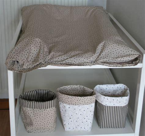 couture deco chambre bebe decoration chambre bebe fille gris et
