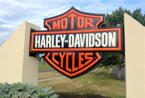 what to look for in a great harley dealership bucket