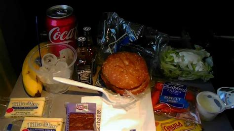 Hd Continental Airlines Food Service Dinner Burger Free In