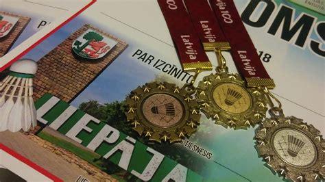 Badmintona turnīrā liepājnieki izcīna visu medaļu ...