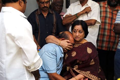 actress lakshmi funeral pix rajinikanth suriya bid goodbye to tamil actress