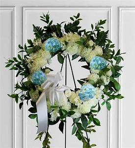 Image Gallery Sympathy Wreaths