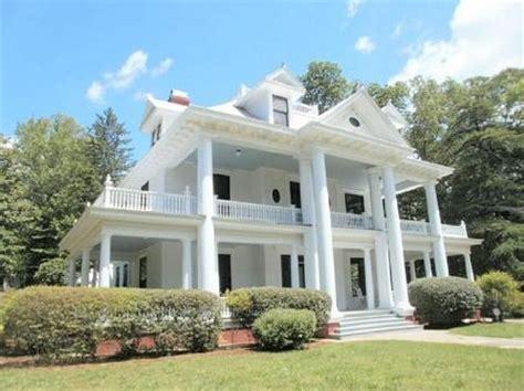 southern plantation style homes southern plantation home styles southern