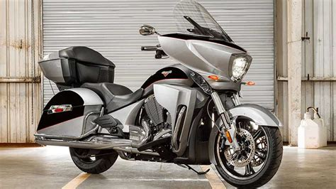 Victory 2017 Cross Country Tour Motorcycle
