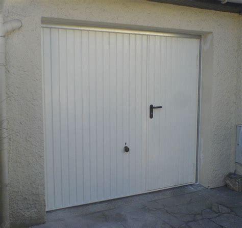 bureau en gros antidote porte de garage basculante avec portillon brico depot 28