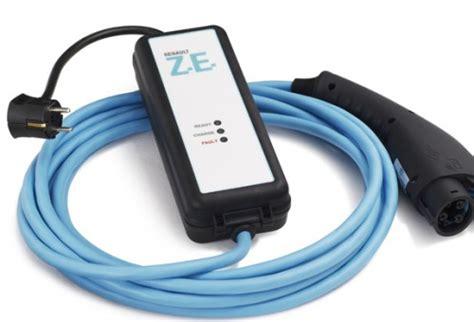cable recharge voiture electrique la zoe ze vendue sans c 226 ble de recharge 220v voiture electrique