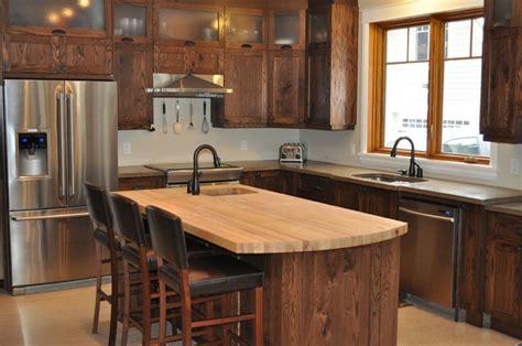 armoire de cuisine en pin bisson et fille armoires de cuisine au québec