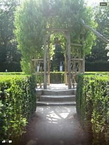 France Boxwood Maze And Twig Tree Pavilion