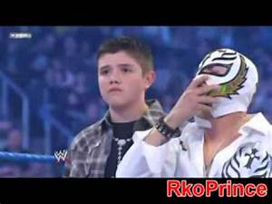 Cm Punk Wants To Fight Rey Mysterio In Front Of His Family ...