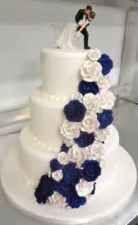 wedding cake photos best 25 wedding cakes ideas on floral wedding cakes beautiful wedding cakes and