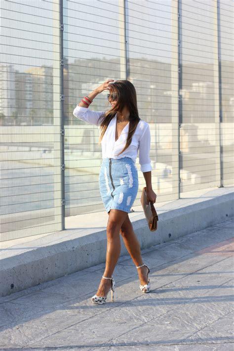 16 Lovely Denim Skirt Outfit Ideas For Summer - Style Motivation