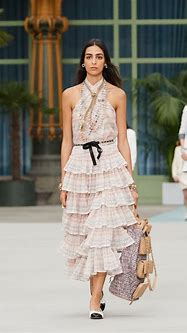 CHANEL CRUISE 2019/2020 COLLECTION - Time International