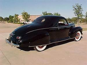 1941 Lincoln Zephyr 3-window Coupe