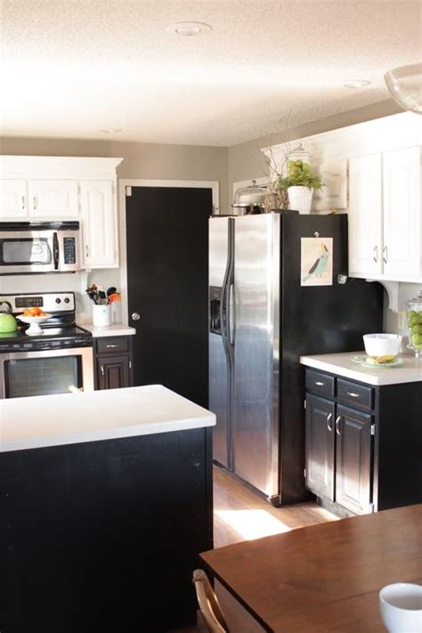kitchens with small islands 58 best painted cabinets images on 6646