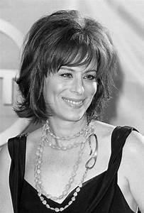 Coupe De Cheveux Pour Visage Rond Femme 50 Ans : coiffure femme 50 ans et plus ~ Melissatoandfro.com Idées de Décoration
