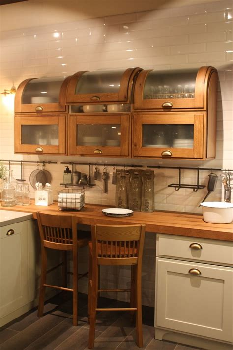 what to look for in kitchen cabinets wood kitchen cabinets just one way to feature natural material