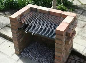 barbecue en brique fait maison latest barbecue en brique With barbecue fait maison brique