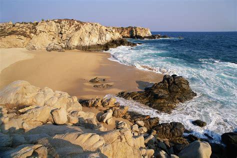 guide   stunning coastline  huatulco mexico