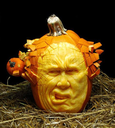 amazing pumpkins most amazing pumpkin carvings from ray villafane design swan