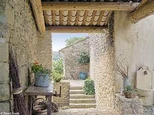 photo maison provencale pierre With eclairage exterieur maison contemporaine 7 photo interieur maison provencale