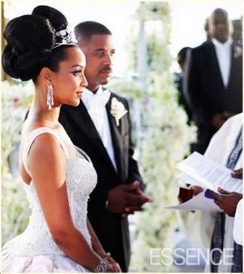 lisa raye wedding big bun hairstyle thirstyroots com