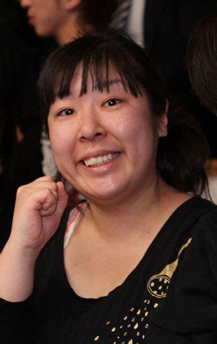 村上 知子 スカーフ