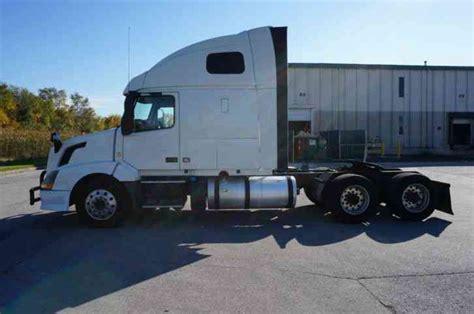 2014 volvo semi truck for sale volvo vnl64t670 2014 sleeper semi trucks