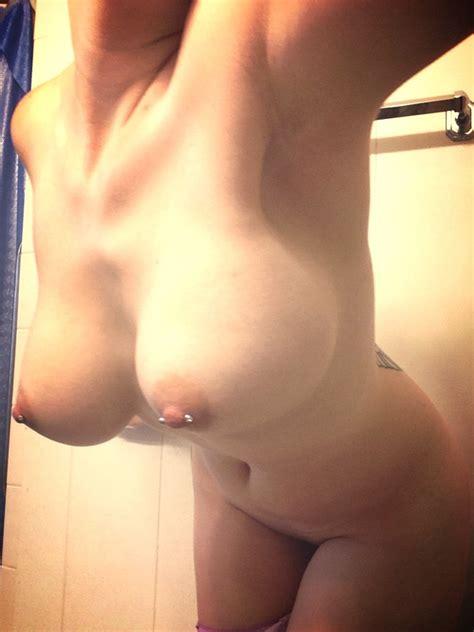 Busty Hard Nipples Selfie