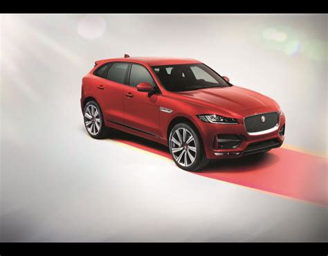 Jaguar F Pace Hd Picture by Jaguar F Pace New Jaguar F Pace In Pictures Pictures