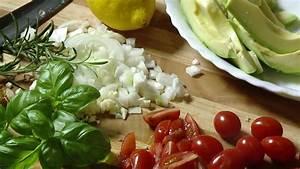 Tiefkühl Lachs Zubereiten : fisch kochen lachs zubereiten lachsgerichte lachs braten lachs lachsfilet seelachs youtube ~ Markanthonyermac.com Haus und Dekorationen