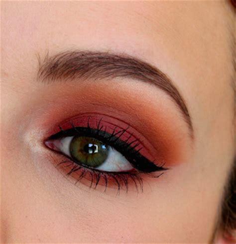 sunset bitten eyes makeup tutorial amazingmakeupscom