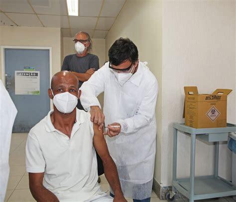 Minha faixa etária para vacinação contra covid vai coincidir com a vacinação contra gripe. Vacinação contra o COVID-19 tem início em Búzios - Prefeitura Municipal de Búzios