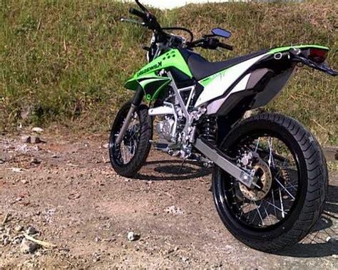 Klx Supermoto by Modifikasi Klx 150 Supermoto Motor Kawasaki Buat Adventure