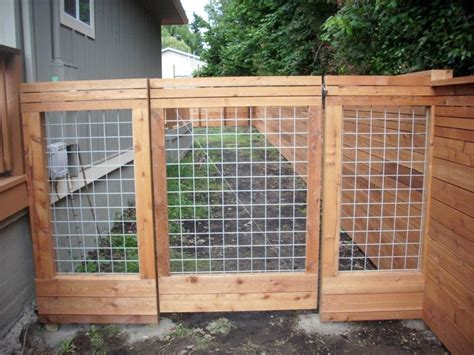 Custom Hog Panel And Horizontal Fence Gate