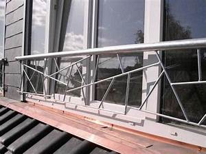 Balkongeländer Kosten Pro Meter : franz balkon verzinkter stahl in schmitzstruktur preis pro meter ~ Markanthonyermac.com Haus und Dekorationen