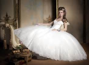 popular wedding dress designers most popular wedding dress designers femininex