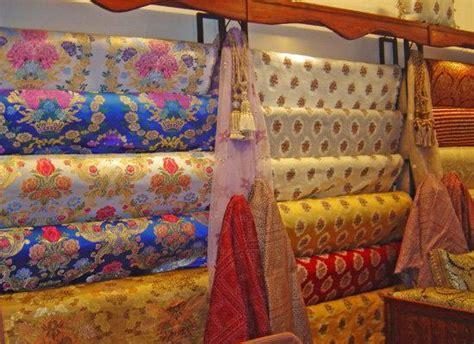 tissu pour canapé pas cher choisir des tissus pour salon marocain benchrif ou bahja