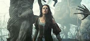 Into the Wild — Snow White and the Huntsman Review ...