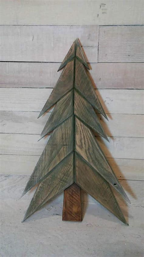 pallet christmas trees holiday pallet decorations