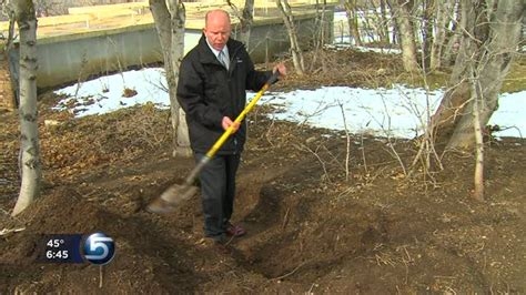 How To Bury A In The Backyard by Can You Legally Bury Someone In Your Backyard Ksl